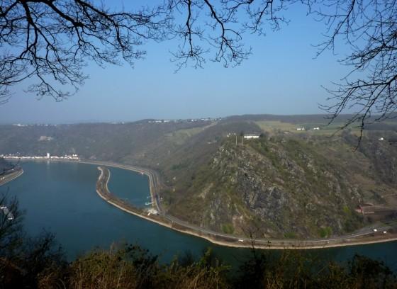Rheinbiegung und Loreley-Fels