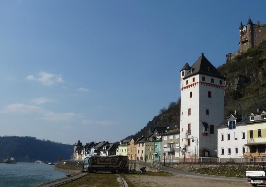 Sankt Goarshausen, Viereckiger Turm, Rheinstraße
