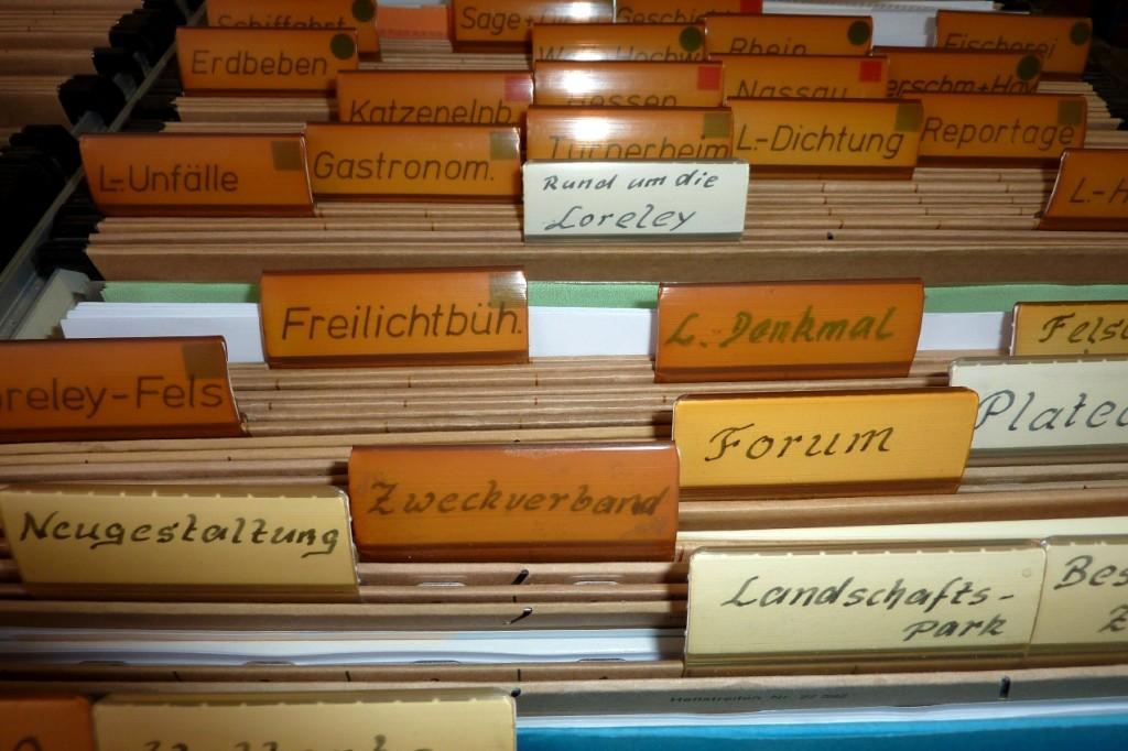 """Archiv-Hängeregister mit Reitern """"Loreley"""", etc."""