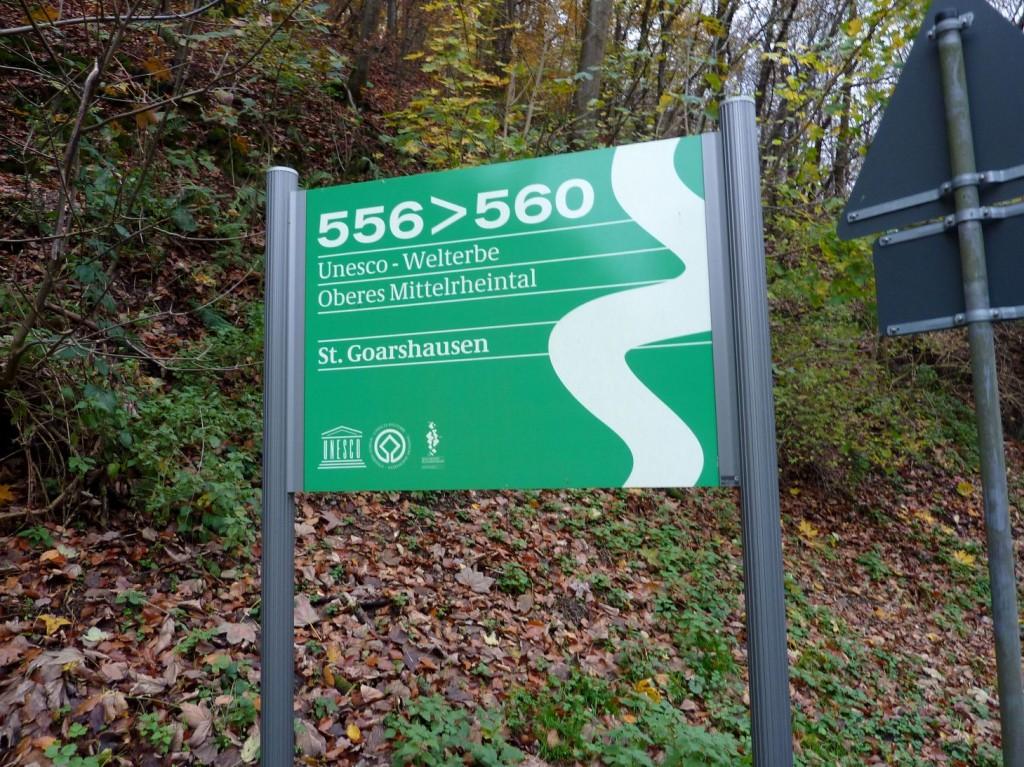 """Schild """"UNESCO-Welterbe, St. Goarshausen"""""""