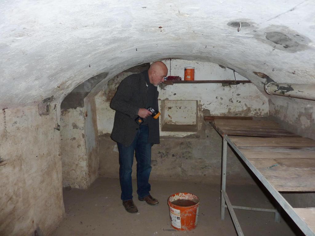 Uwe Rumeney im Gewölbekeller, Rheinstraße 34, Sankt Goarshausen